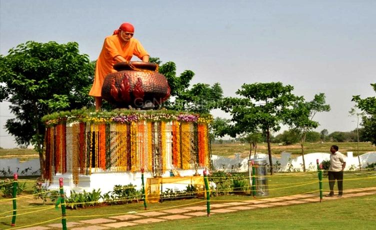 Mumbai Shirdi Aurangabad Tour