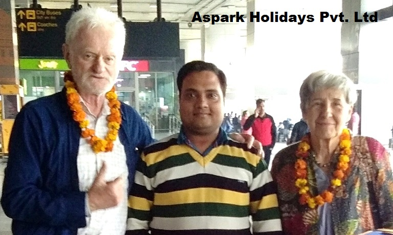 Complimentary -Guide For Jaipur Tour