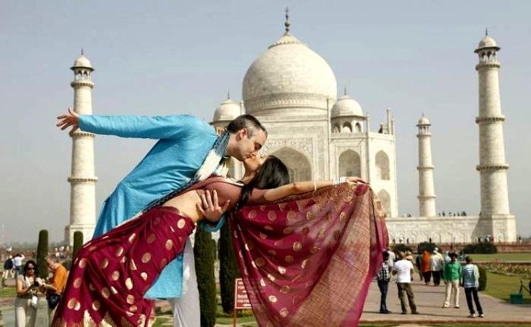 Taj -Honeymoon Tour